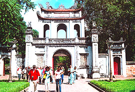 Travel Agents Stand apart 1,000th Anniversary of Thang Long-Hanoi