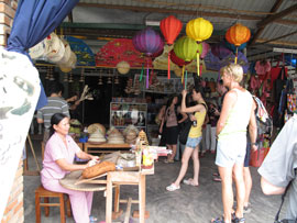Trade Village Tourism in Vietnam: Increasingly Appealing to Foreign Tourists