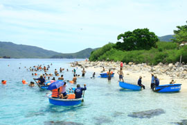 Sea-island Tourism: Spearhead Sector of Vietnam Tourism Development