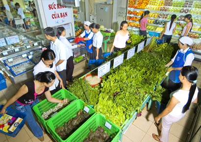 Vietnamese Goods on Local Market: Not Deeply Rooted
