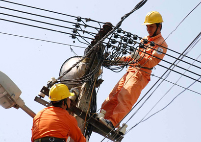 Vinh Long Power Company Bolstering Local Development