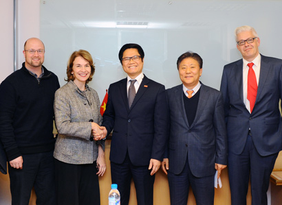 VCCI President Re-elected Co-chair of Vietnam Business Forum