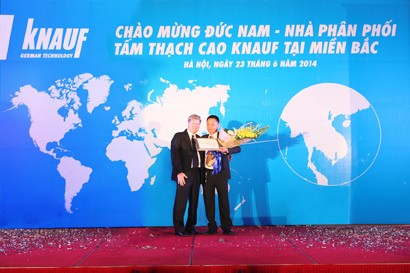 Knauf Vietnam Introduces First Gypsumboard Distributor in Northern Vietnam