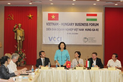 Vietnam - Hungary Business Forum: Joint Efforts to Promote Investment and Trade
