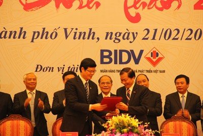 VCCI, Nghe An Sign Cooperation Agreement for 2016-2020