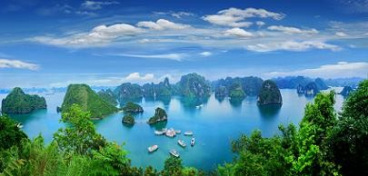 Many Attractive Activities at Ha Long - Quang Ninh Tourism 2017