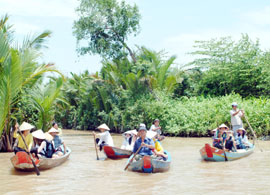 Tapping Water-based Tourism in Southern Tien Giang Province