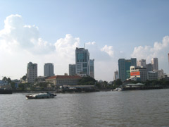 Foreigners Living in Vietnam for One Year Upwards Entitled to Buy and Own Houses