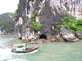 Vietnam Bay Named among World's Most Beautiful Natural Wonders