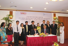 VCCI Signs Cooperation Deal with DECP