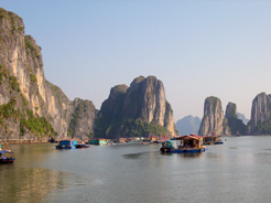 Intl Investment Funds Eye US$20 Bln in Vietnam Tourism