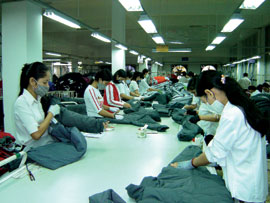 Garment and Textile Companies Facing Dilemma in Local Market