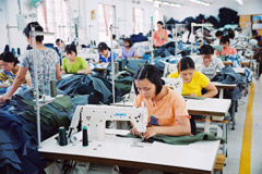 Vietnam Garment and Textile Facing More Hardships after WTO Entry
