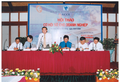 VCCI Holds 'Digital Opportunity for Enterprises' Seminar in Da Nang