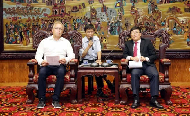 Vinh Phuc People's Committee Receives German Investors