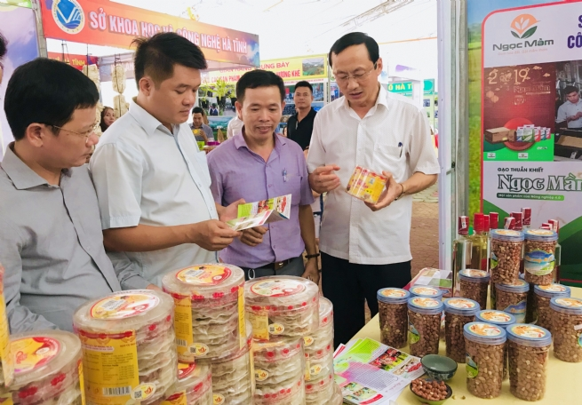 OCOP Ha Tinh Adding Wings to Traditional Products to Fly