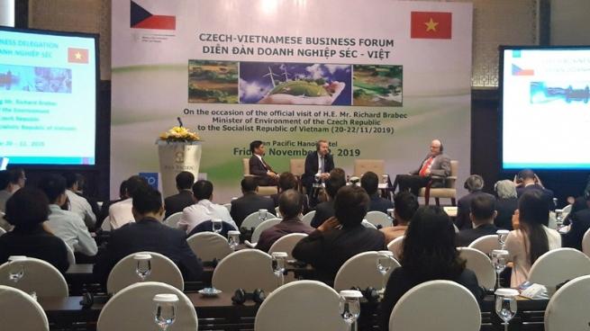 VN-Czech Business Forum Held
