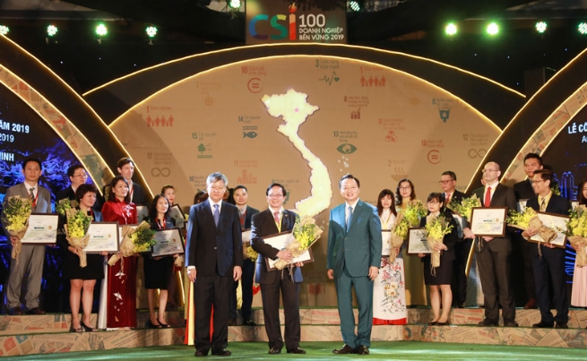 Honoring 100 Sustainable Businesses in Vietnam
