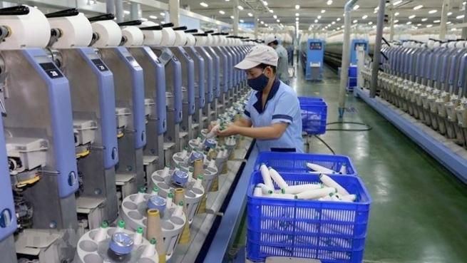 Fitch Ratings: Vietnam succeeds in lowering public debt