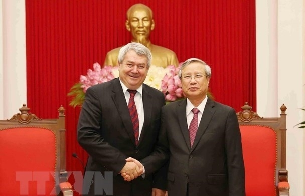 Czech Legislature, Party Support Stronger Ties with Vietnam
