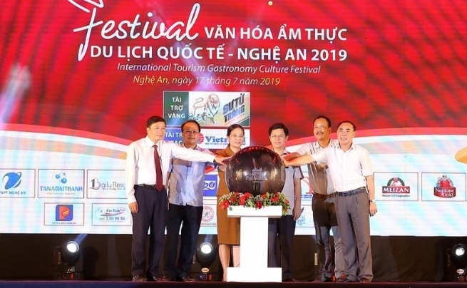 Nghe An Int'l Tourism Gastronomy Culture Festival Draws 30,000 Visitors