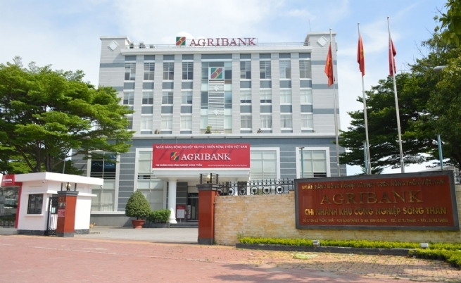 Agribank Song Than Intensifies Business Support