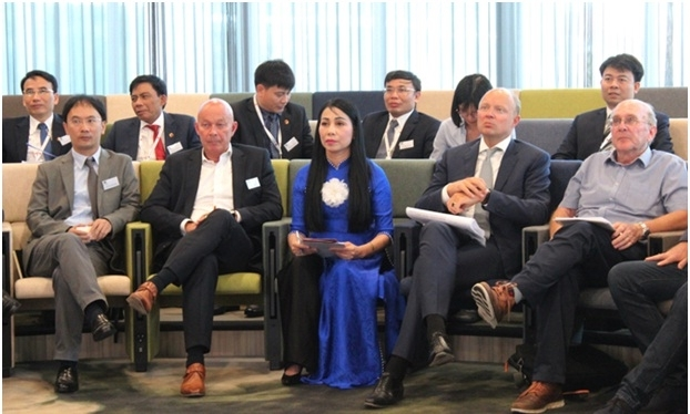 Vinh Phuc Hosts Investment Promotion Events in Netherlands