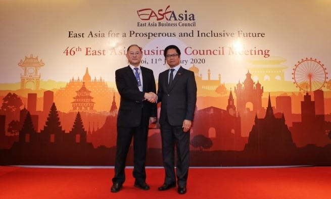 VCCI President Vu Tien Loc Assumes EABC Chairmanship
