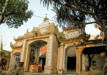 Sam Son Historical Relic and Scenery Recognized as Special National Relic Site