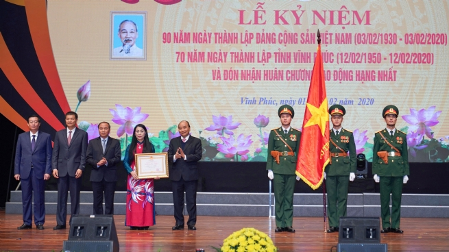 PM Attends Ceremony Marking 70th Anniversary of Vinh Phuc Province