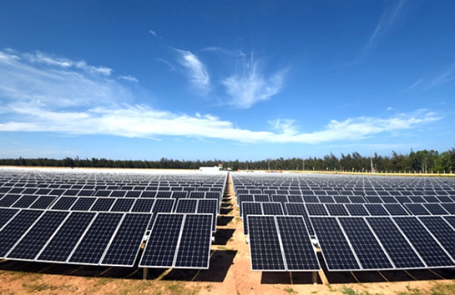 Southeast Asia's Largest Solar Power Plant to Be Built in Ninh Thuan