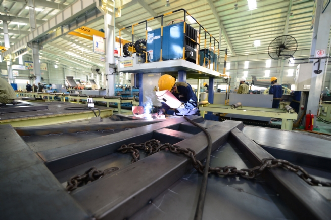 Processing, Manufacturing Industry: An Approach to Escape Middle-Income Trap