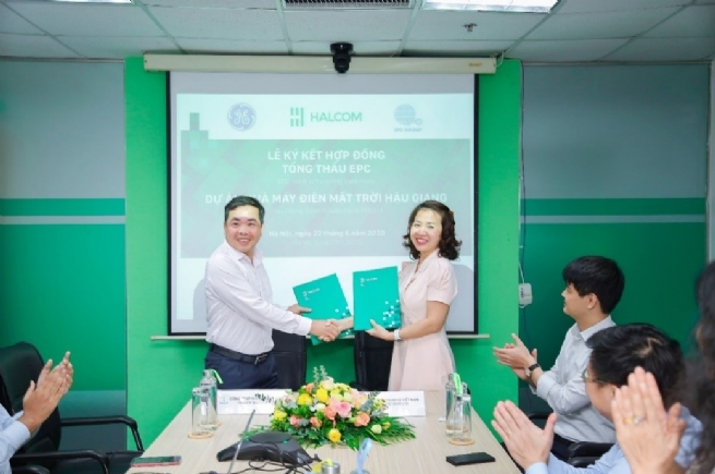 Signing ceremony of EPC contract – Hau Giang solar power plant project