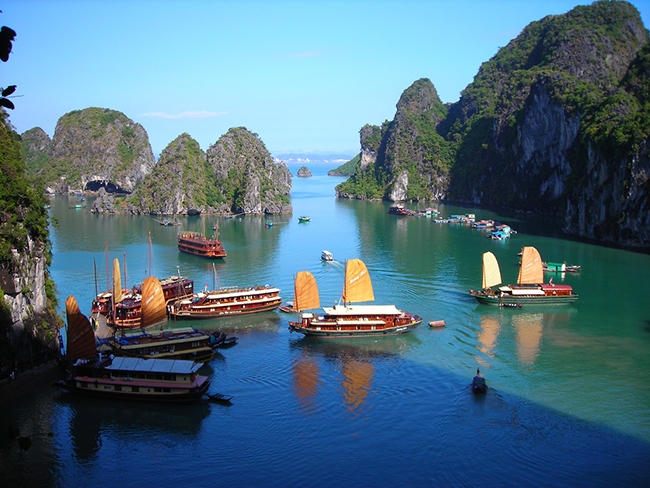 Tourism US-Based Magazine Names Ha Long Bay among World's 50 Most Beautiful Wonders
