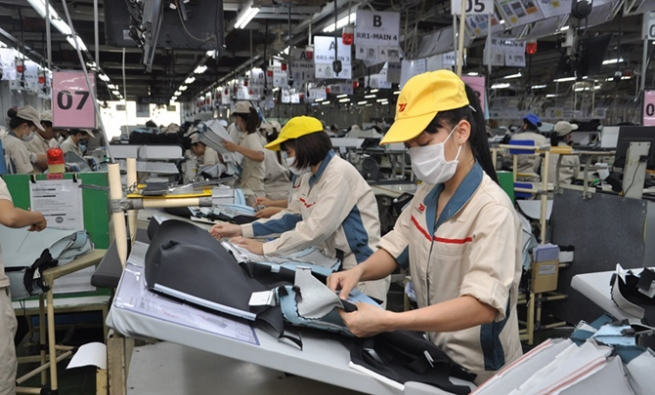 Efforts to Build Green Zones to Maintain Manufacturing in Enterprises