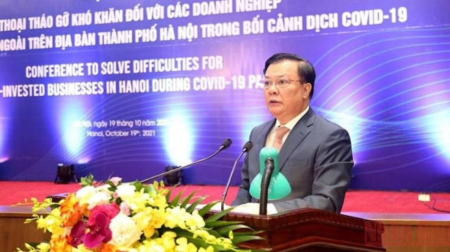 Hanoi Holds Dialogue to Address Difficulties for FDI Enterprises